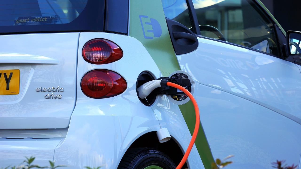 Benzine Hybride Of Elektrisch Rijden Wat Past Het Beste Bij U Bynco