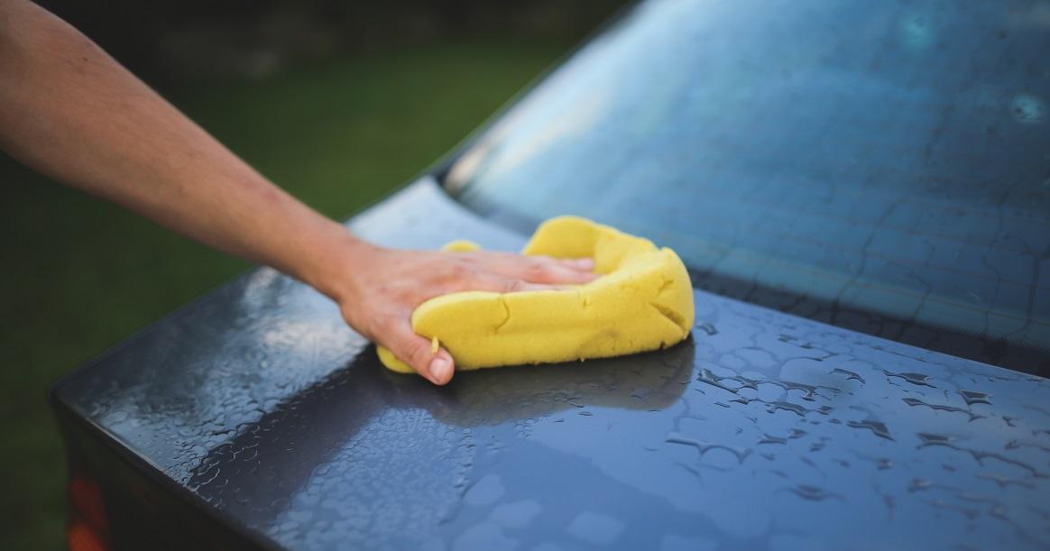 Stoffen Stoel Schoonmaken : Vlekken uit stoffen autobekleding verwijderen